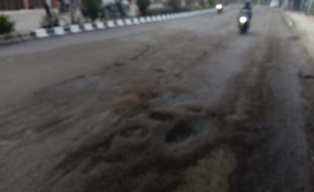 Jalan Raya Ciater